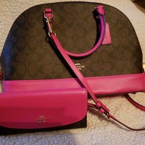 Coach n wallet